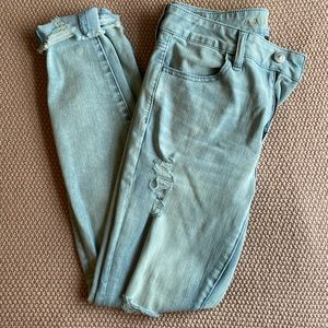 High Waisted American Eagle Distressed Jeans